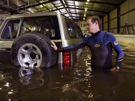 Floods turn cars into death traps